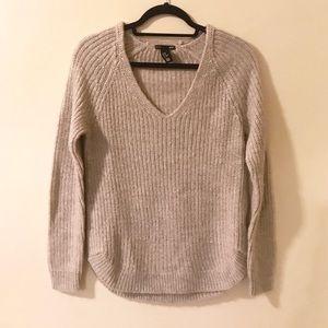 Grey/tan knit v-neck sweater